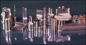 Crucible(クルーシブル)/CPM 鋼種別特徴と用途03